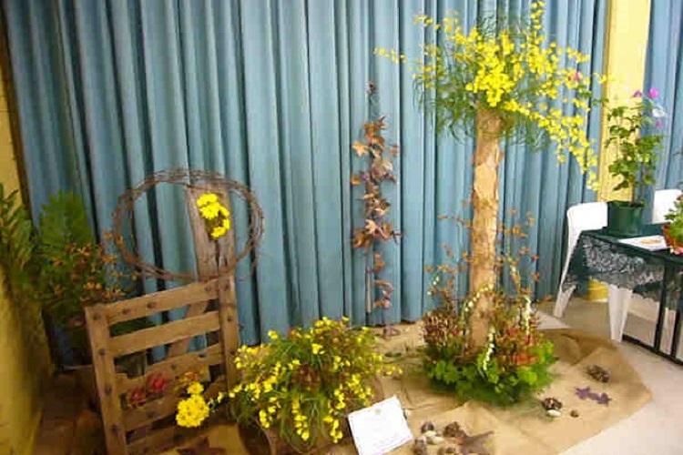 Floral Display Large
